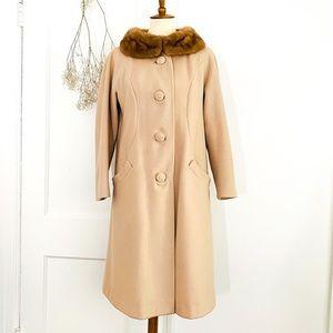 VINTAGE Fur Collar Coat